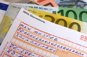 Immer mehr Banken erheben Kontoführungsgebühren