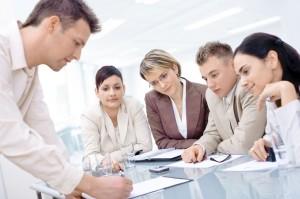 Das sollten Berufseinsteiger zum Thema Arbeitsrecht wissen